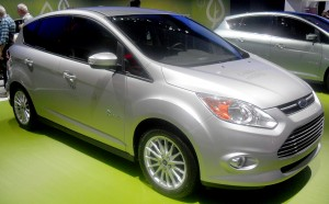 Ford_C-max_hybrid_02