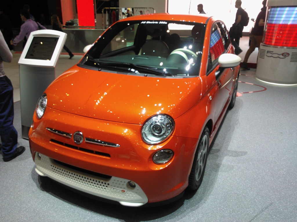 fiat 500 ev electric. Black Bedroom Furniture Sets. Home Design Ideas