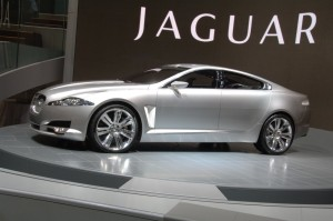 Photo-of-the-hybrid-model-from-Jaguar[1]
