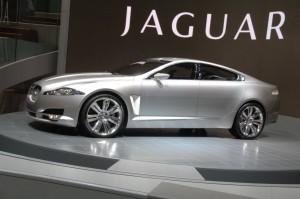 Photo-of-the-hybrid-model-from-Jaguar[1]